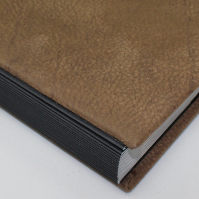 Signature Folder made of Water Bufalo Leather - Vera Donna